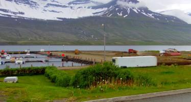 Eru flest allar gjaldaskrár Fjarðabyggðar að hækka?
