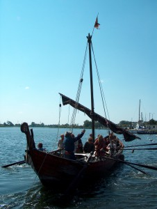 Viking-ship-reconstruction