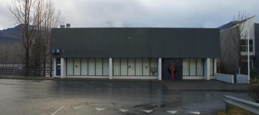 Bókun bæjarstjórnar vegna þjónustuskerðingar Landsbankans í Fjarðabyggð